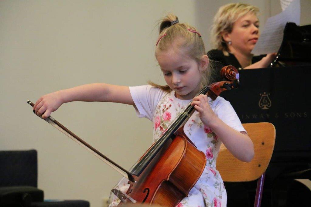 Mezinárodní violoncellová soutěž J. Vychytila