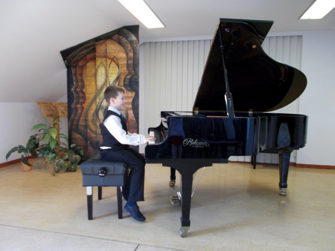Klavírní soutěž – krajské kolo – Královéhradecký kraj
