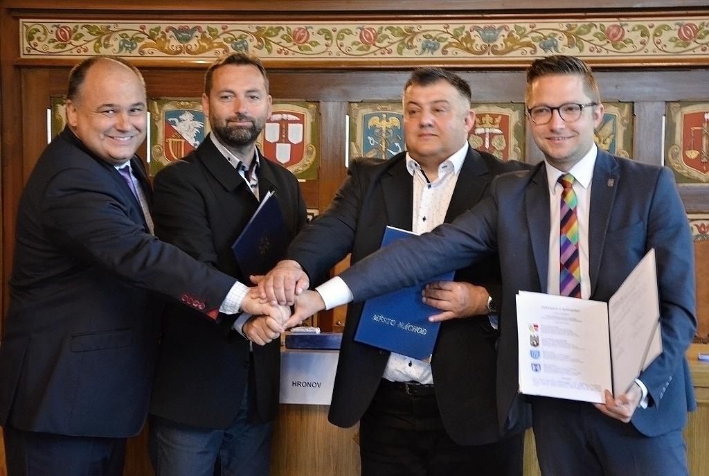 Partnery na obou stranách česko-polské hranice spojují společné projekty adlouholeté přátelství aspolupráce – Náchod tak může díky dalšímu projektu oživit lázně!