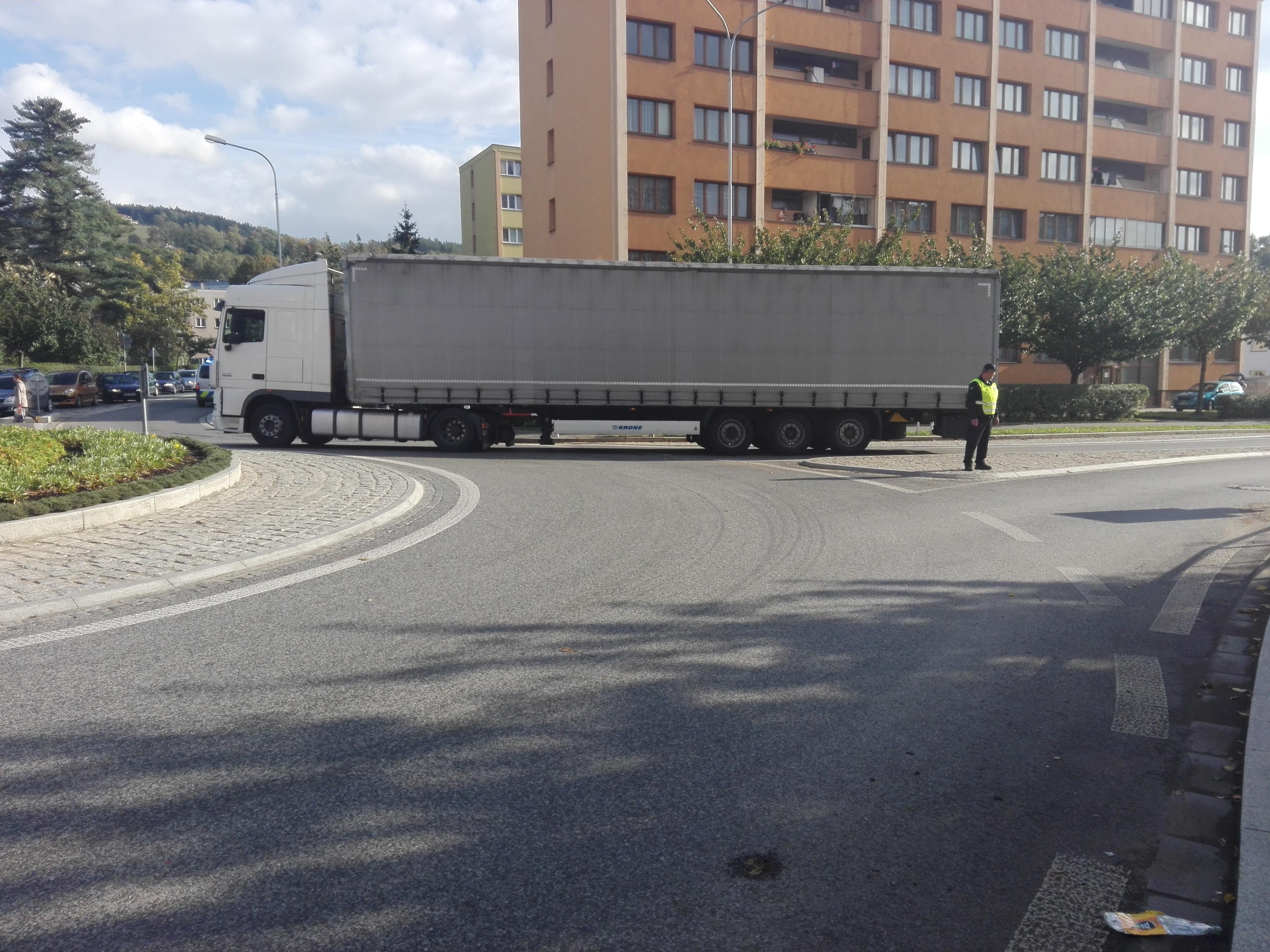 Kamion komplikoval dopravu