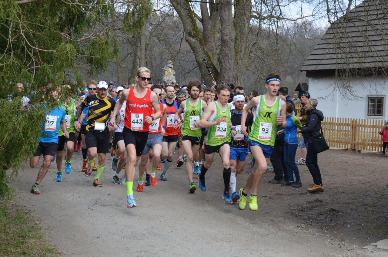 V neděli odstartoval 2. ročník seriálu běžeckých závodů Primátor CUP