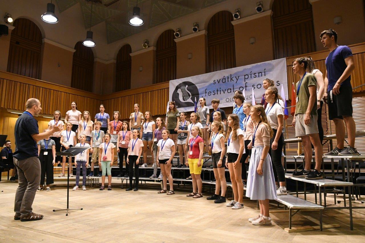 Vítězné CANTO na Svátcích písní v Olomouci
