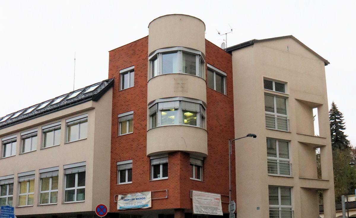 Stěhování odborů z budovy soudu do Zámecké ulice