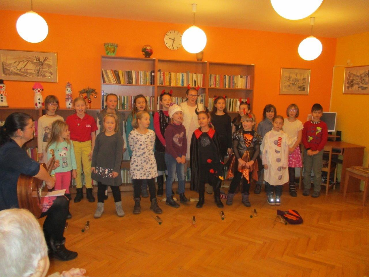 Nabitý den vánočním naladěním v Domově pro seniory Marie
