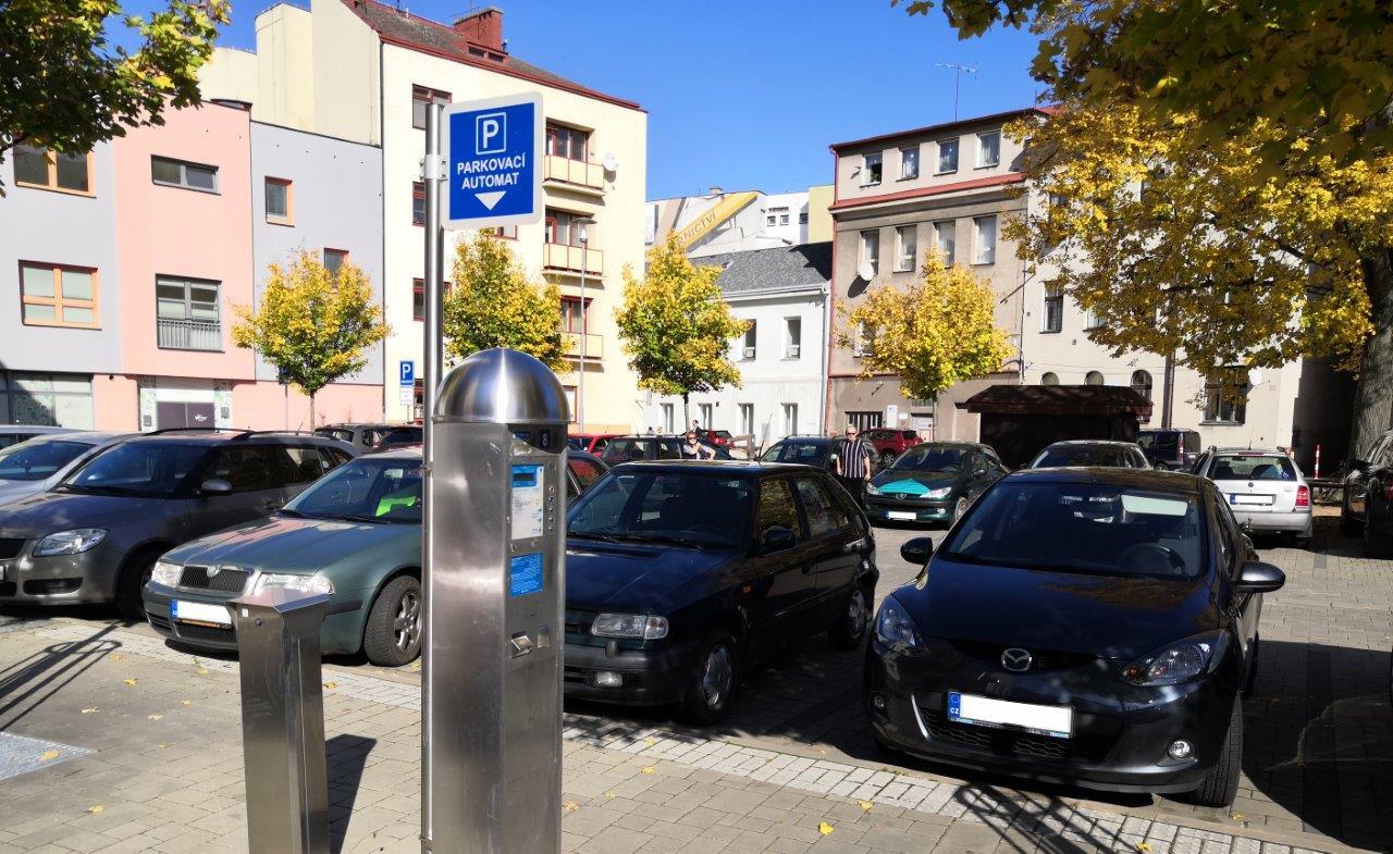 Od 1. listopadu 2019 dochází ke změně ceníku parkování v centru Náchoda