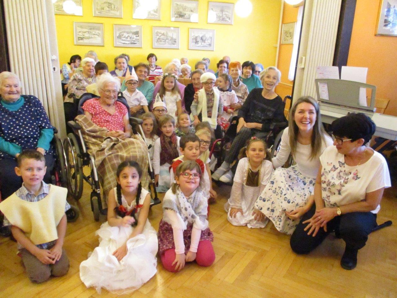 Vánoční vystoupení dětí z MŠ Alšova v Domově pro seniory Marie