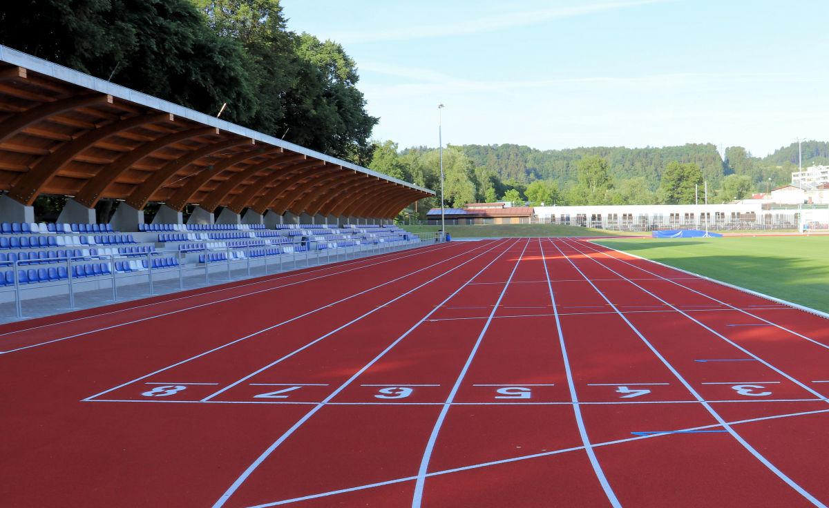 Atletický stadion HAMRA je otevřen