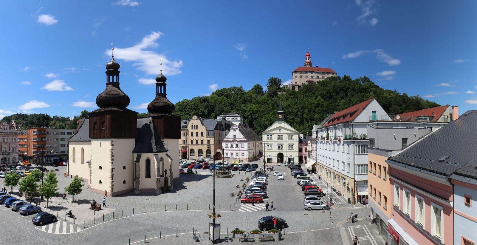 Splnění dlouhodobého snu města a Státního zámku Náchod – zahájení revitalizace zámeckého kopce