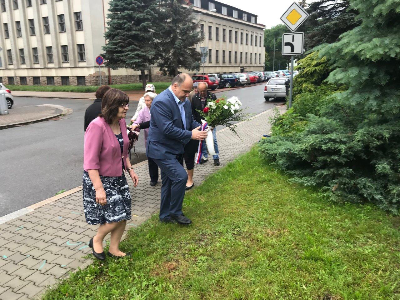 Uctění památky obětí komunismu v Náchodě