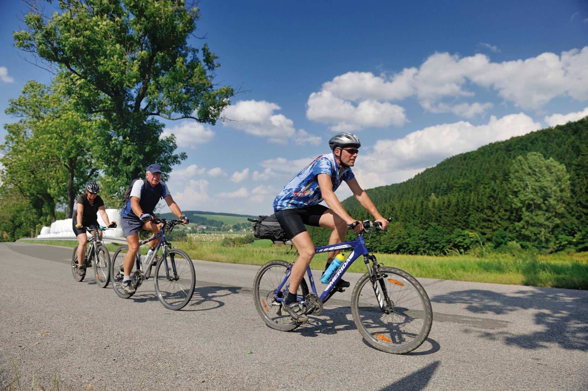 Cyklobusy vás dovezou na výlet i v září