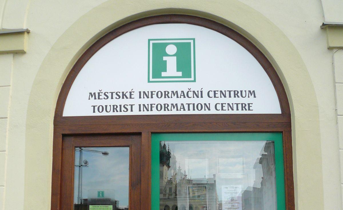 Pobočky městského informačního centra otevírají výdejní okénka