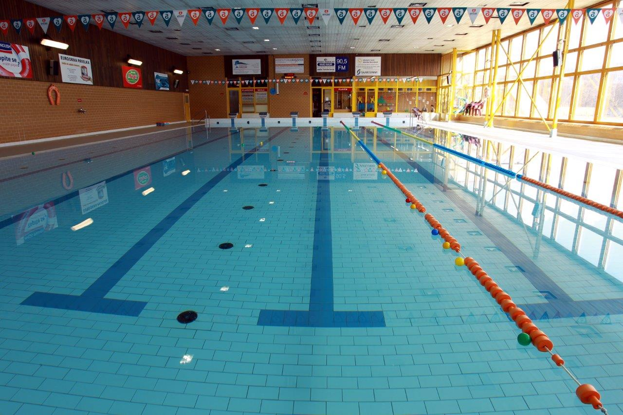 Krytý plavecký bazén v Náchodě se pro veřejnost otevře od pátku 4. 6. 2021