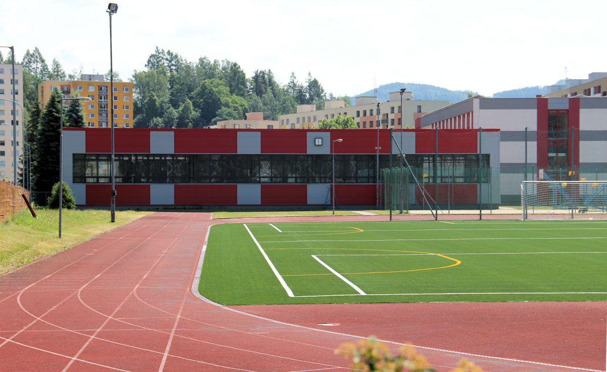 Plhovský stadion otevřen pro veřejnost - pondělí, čtvrtek 16 - 18 hodin