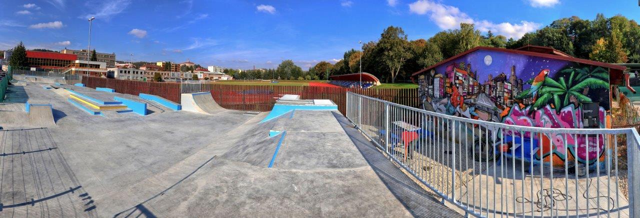 Nový skatepark vNáchodě láká nejen děti, ale i zkušené jezdce